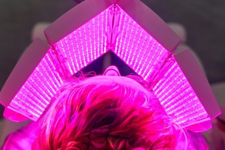 LightStim LED Facial